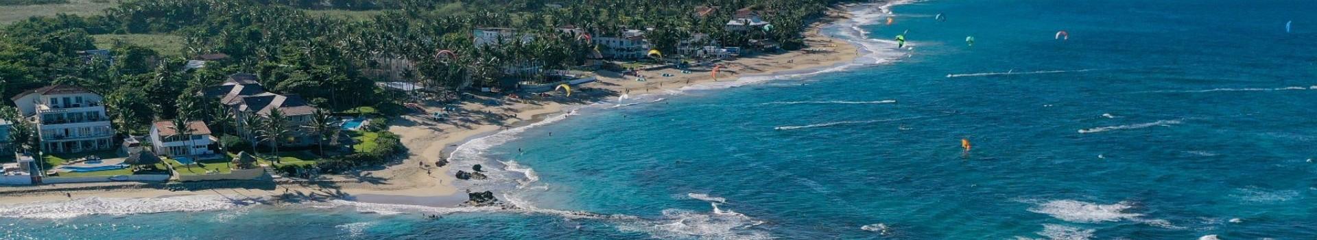 kitesurfing in cabarete in the dominican republic