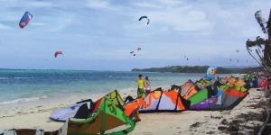 Kitesurfing in Bulabog Beach (Boracay)