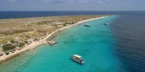Kitesurfing in Klein Curacao