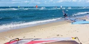 Kitesurfing in Lillskärsudden