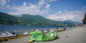Kitesurfing in Nitinat Lake