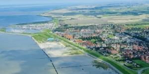 Kitesurfing in Norddeich