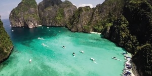 Kitesurfing in Phuket