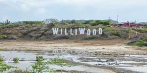 Kitesurfing in Williwood