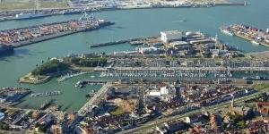 Kitesurfing in Zeebrugge