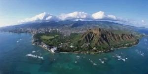 Kitesurfing in Oahu, Hawaii