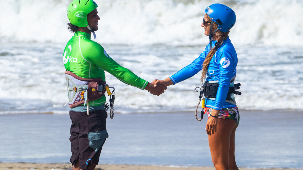 Why Kitesurfing is an Ideal Sport for Women